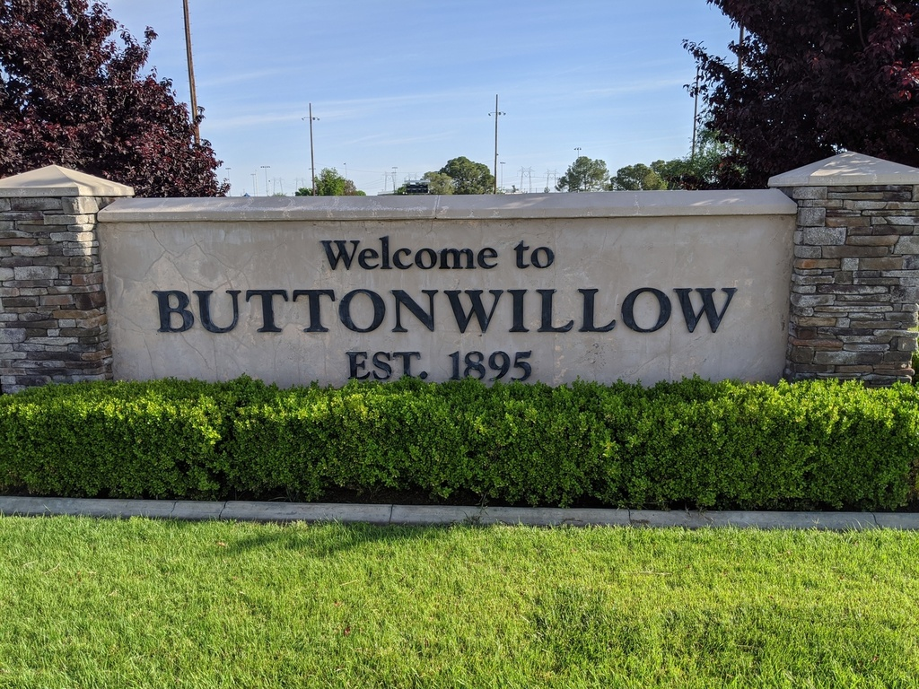 Buttonwillow Sign