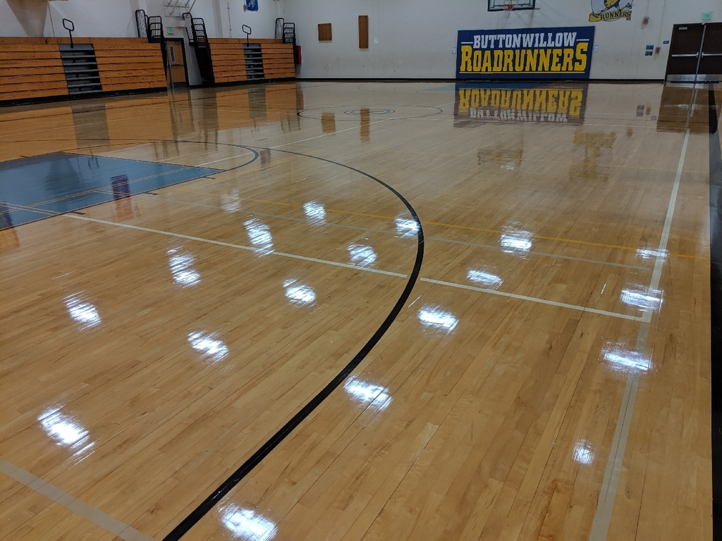 clean gym floor